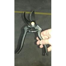 VÝPRODEJ FISKARS nůžky zahradní profesionální P90 (111960) 1001530 PO SERVISE
