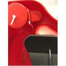 VÝPRODEJ PLASTKON Řiditelný bob Snow Formule cervená PRASKLÉ