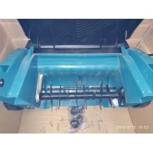 VÝPRODEJ MAKITA Vertikutátor, provzdušňovač 1300W UV3200, PO SERVISE