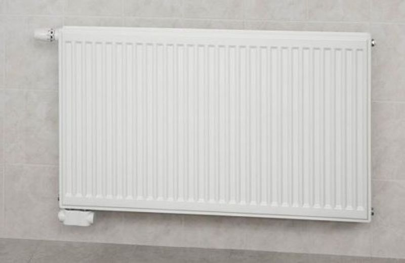 KORADO RADIK deskový radiátor typ VKL 21 300 / 600 21-030060-E0-10